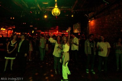 crowd @ Brooklyn Bowl, 8/19/11 (early show)