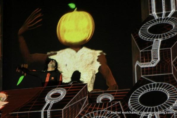 skrillex halloween 2011-3