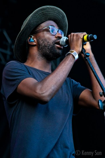 37-TvOnTheRadio
