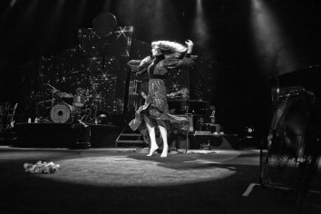 Florence and the Machine @ Comcast Center, Mansfield, MA - 9/14/12 || Photo © Stephen Atkinson