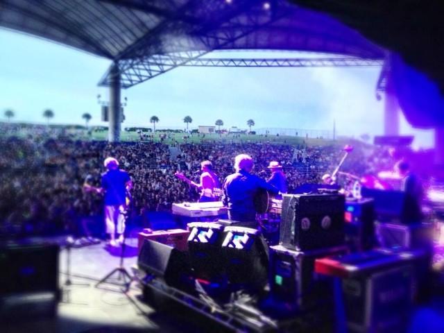Wilco with Bob Weir   Photo via @Wilco