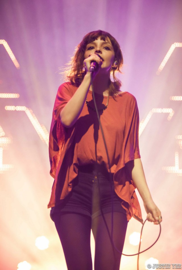 CHVRCHES_The Fox Theater_Oakland, CA (Watermarked)-6