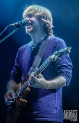 Scott_Harris_Phish_2013.10.31_1024px_07