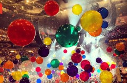 Phish NYE 2014 Balloon Drop! © John Zahr http://instagram.com/p/xTYHL1Rpjf/