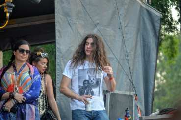 Kurt Vile sidestage for Ween at Bonnaroo 2016 // Photo by Wesley Hodges