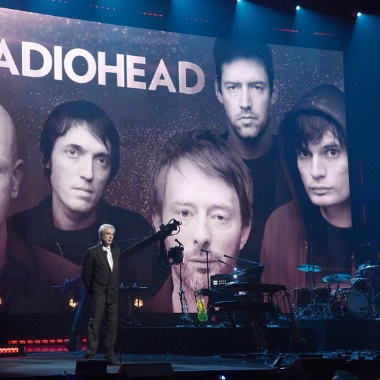 read-david-byrne-s-speech-inducting-radiohead-into-rock-amp-roll-hall-of-fame
