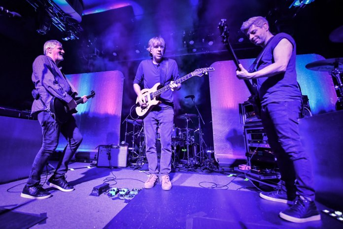 trey joins mike gordon at the sinclair jake silco official photo