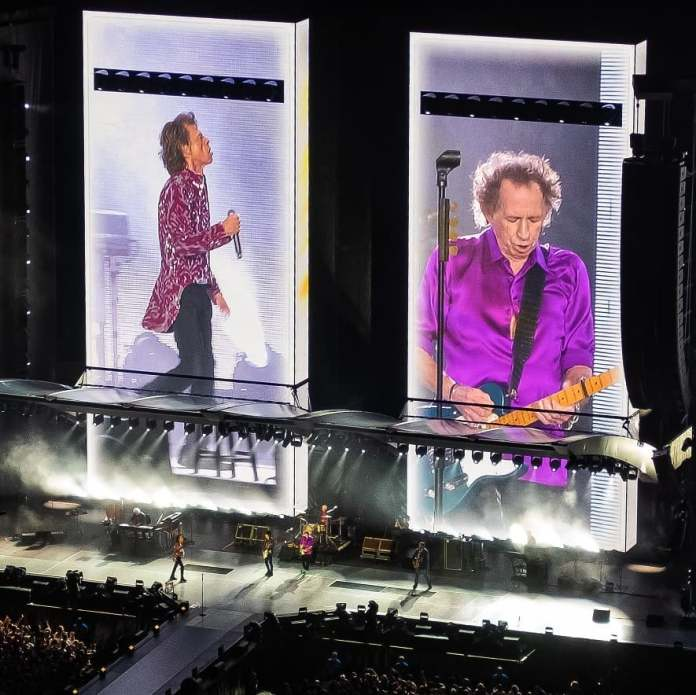 rolling stones metlife stadium no filter 2019 tour photo by robdicaterinophotography live music blog