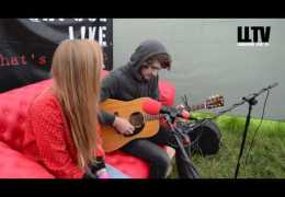 Red Sofa Sessions: #onTour – Yarbo and Laura James at Farm Feast
