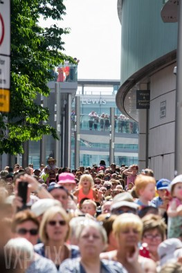 Crowds Liverpool One