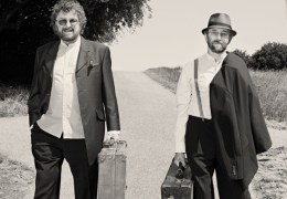 SHOUT: Chas & Dave | O2 Academy Liverpool | 25.05.15