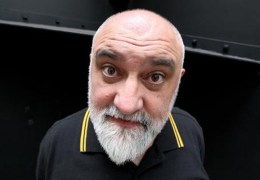 NEWS: Alexei Sayle to host Liverpool Arabic Arts Festival's 'Funny Arabs' event