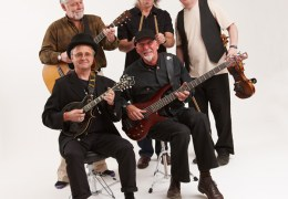 Fairport 'acoustic' Convention comes to Pacific Road Arts Centre