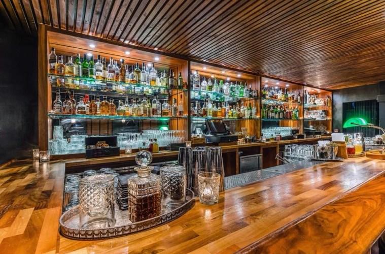 81 Ltd Bar - A Little-Known Bar on a Well-Known Street 1