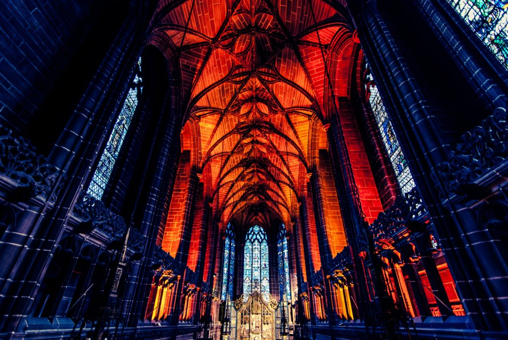 Liverpool_Anglican_Cathedral_jj-yingunsplash