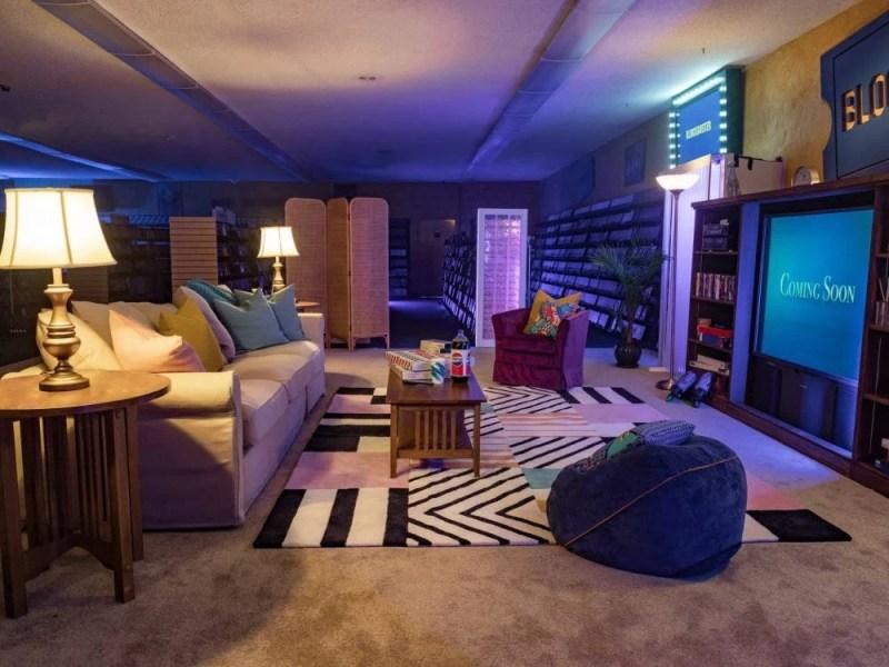 Blockbuster Store Airbnb Oregon USA