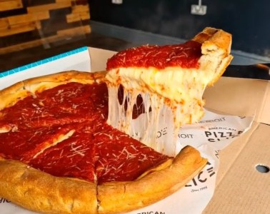 Chicago Deep Dish Pizza In Liverpool at American Pizza Slice