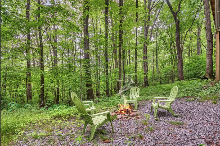 The Quirkiest Glamping Spots on The East Coast, U S A - Lives Abroad