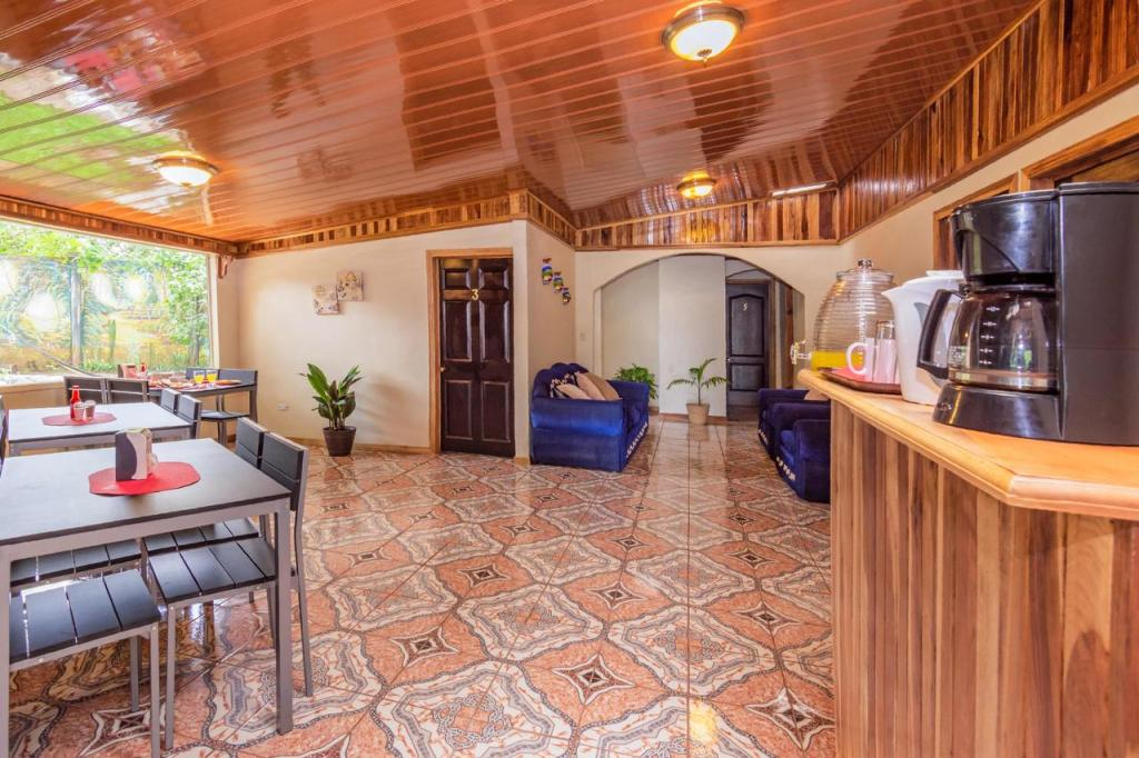 best hotels monteverde costa rica
