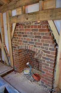 building-the-east-chimney-14
