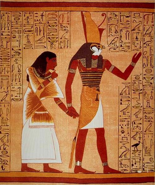 Horus-falken med mansgestalt och falkhuvud på en pergamentbild med hieroglyfer runt