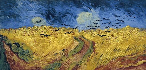 Bilden föreställer ett gult vetefält och en blå himmel där det svävar en flock kråkor. Konstnär är Vincent van Gogh.