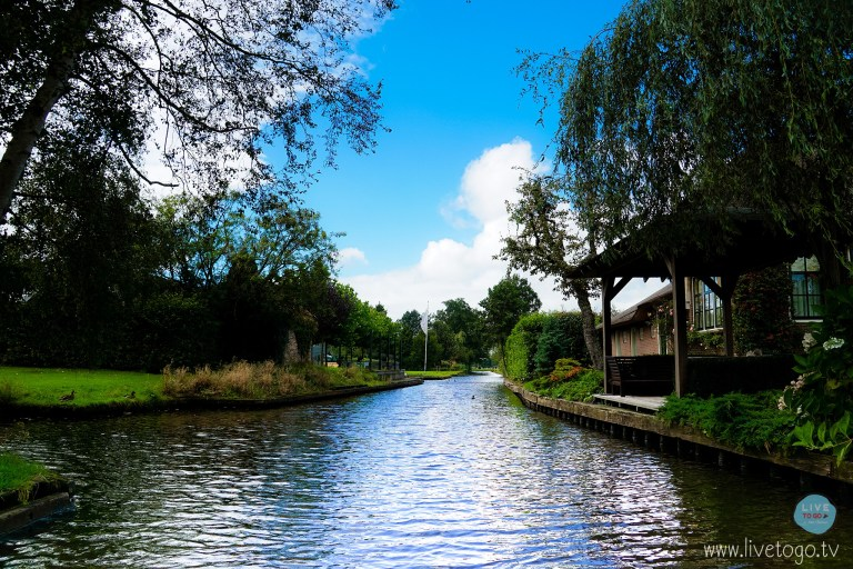 หมู่บ้านกีธูร์น GIETHOORNDSC09613_fb