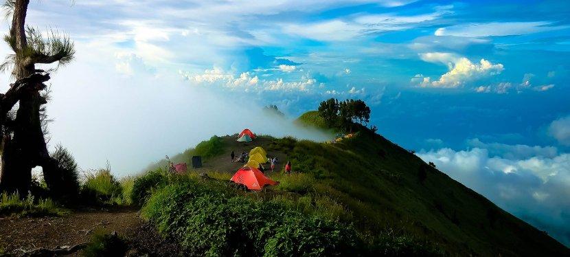 ภูเขาไฟรินจานี (Mount Rinjani) ความท้าทายของนักปีนเขา…สักครั้งในชีวิตต้องพิชิตให้ได้