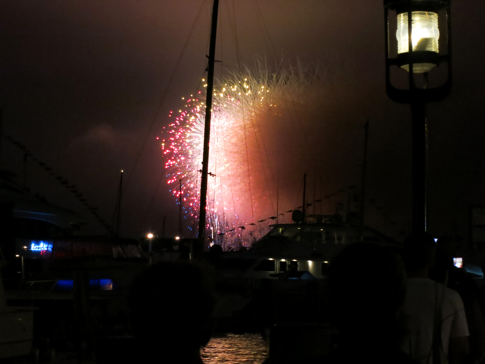 ROCKET'S RED GLARE OVER NEWPORT HARBOR - live. travel. adventure. bless. | The spectacular finale of the Newport Harbor Fireworks display. Happy 4th of July!