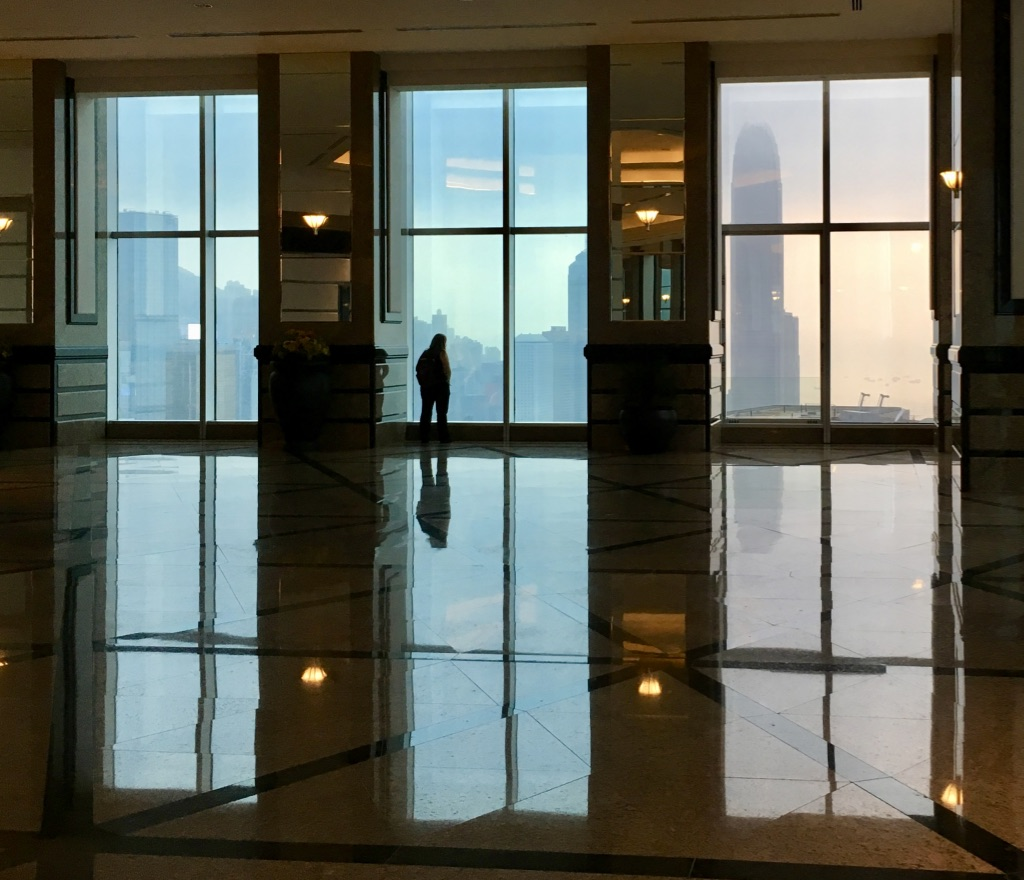 Solitude in Hong Kong – Central Plaza 46th Floor