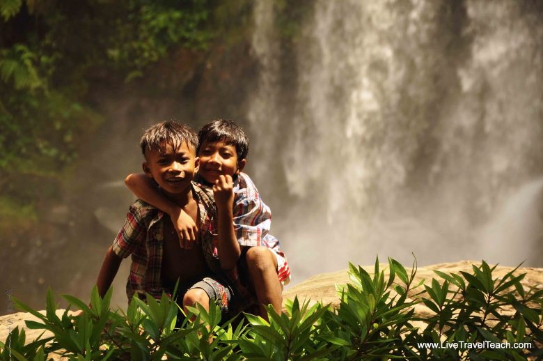2 Cambodian Boys at Phnom Kulen