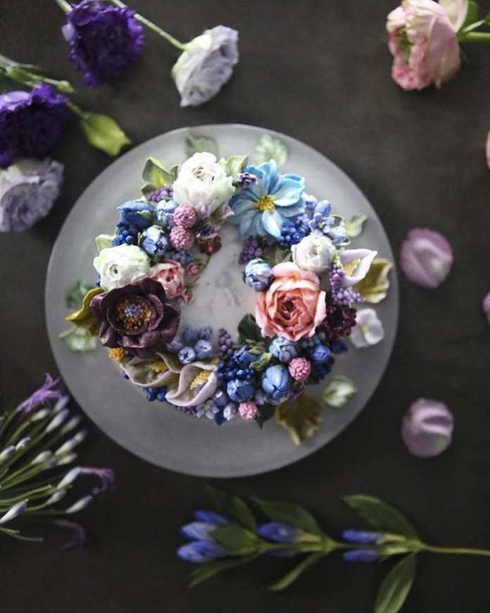 Un cofetar corean face cele mai realiste torturi florale din lume. Priviți cât sunt de frumoase!