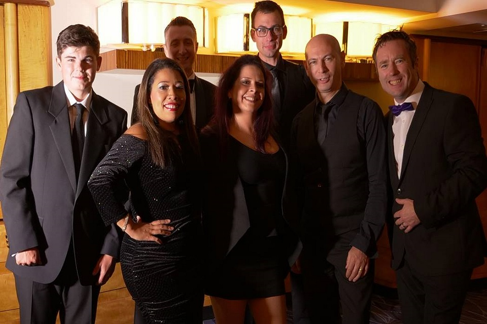 7 Piece Wedding Party Band in London - Live Wedding Bands