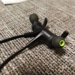 「SoundPEATS Q12」マグネット式