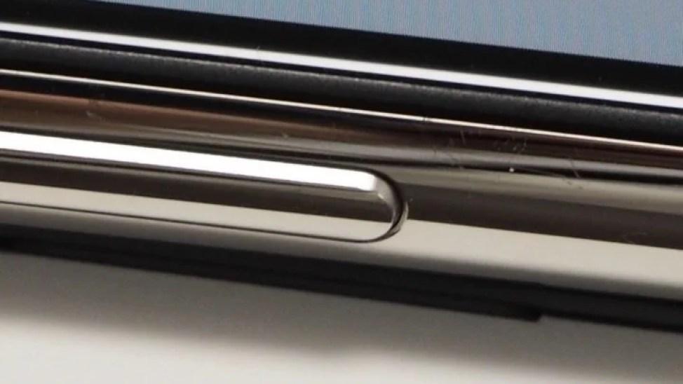 iPhone X ステンレススチールフレーム 傷