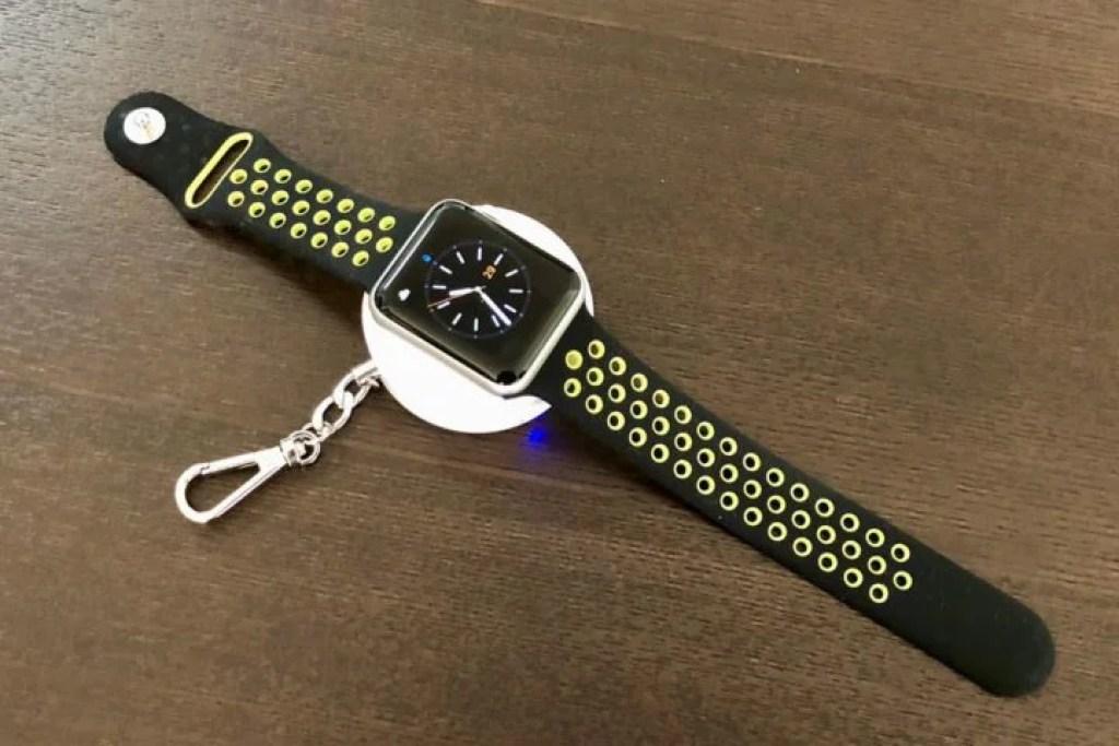 CHOETECH Apple Watch専用モバイルバッテリーと42mmモデル