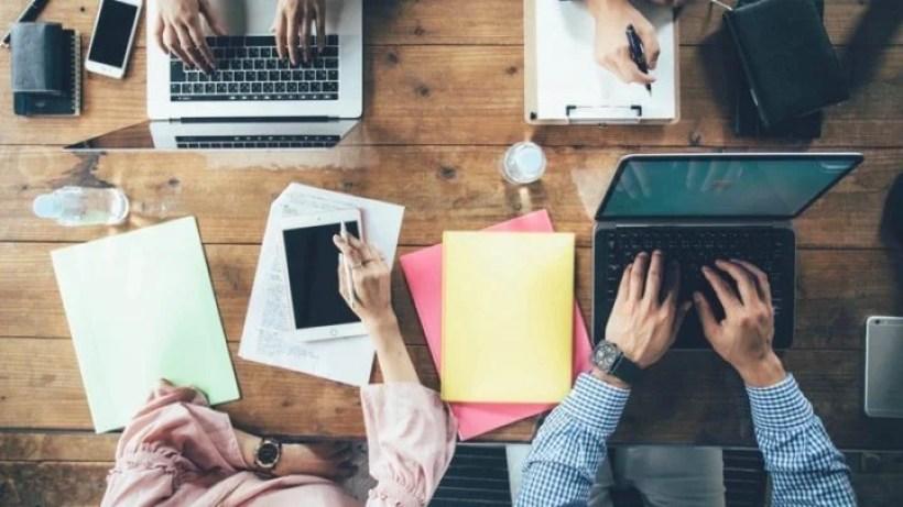 ビジネスシーンでの仕事効率化ツール