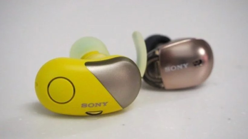 【比較レビュー】SONY WF-SP700NとWF-1000Xどちらを選ぶべき?音切れ・遅延は改善された?