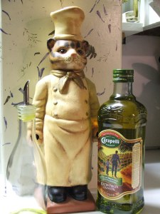 Flavorful-Southern-Cooking-Cat-Olive-Oil