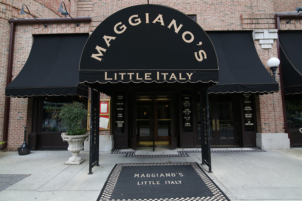 Milan-Fashion-Week-Groupie-Maggianos-LiWBF