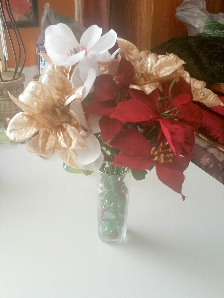 Super-Cute-Holiday-Bouquet-2015-Eight-LiWBF