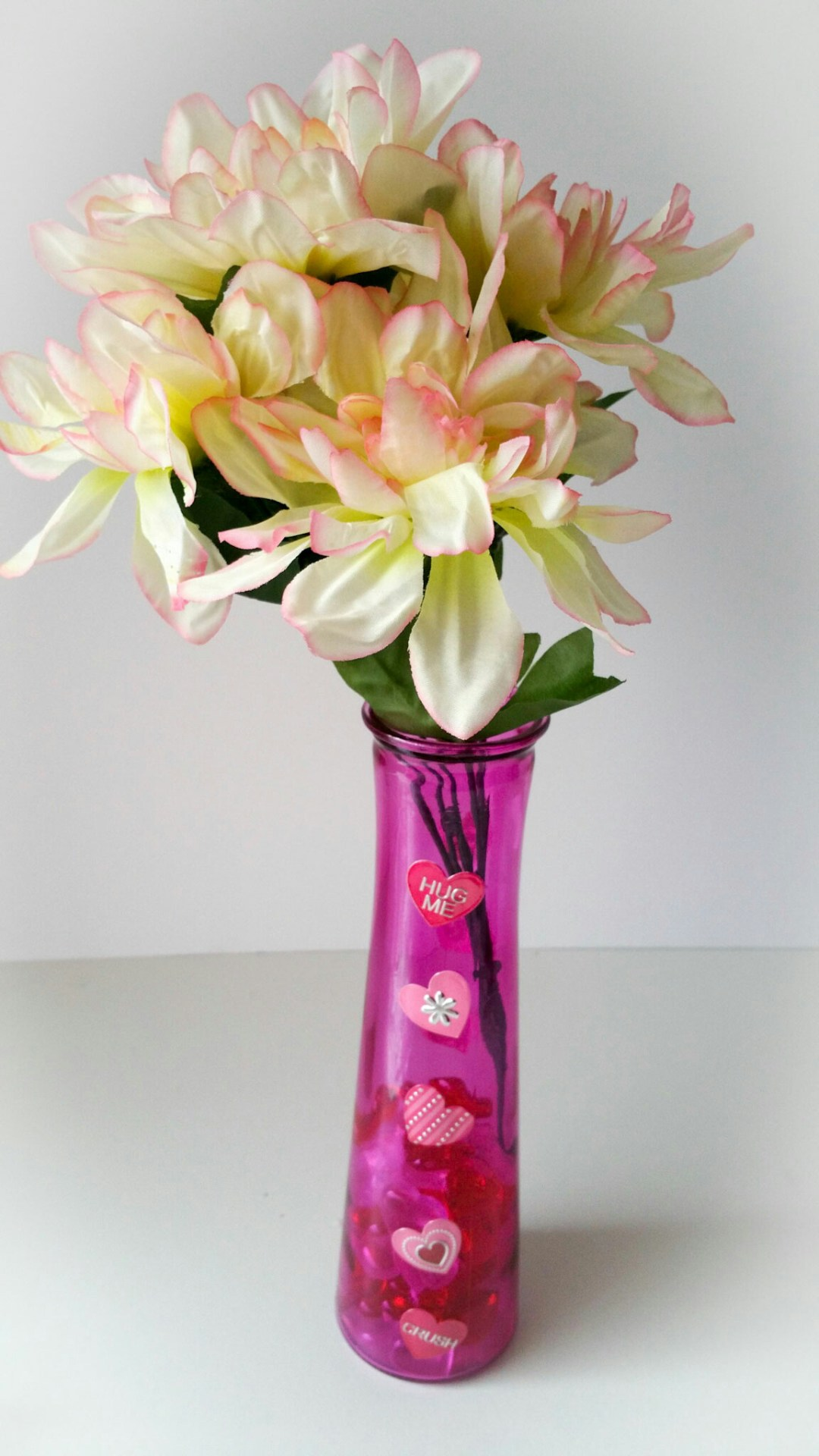 Super-Cute-DIY-Heart-Vase-Bouquet-Eighteen-LiWBF