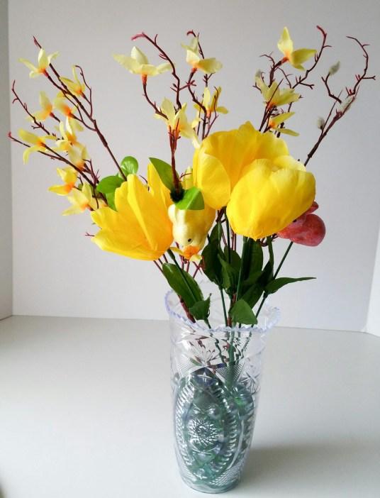 Super-Cute-Egg-Bouquet-in-6-Easy-Steps-Two-LiWBF