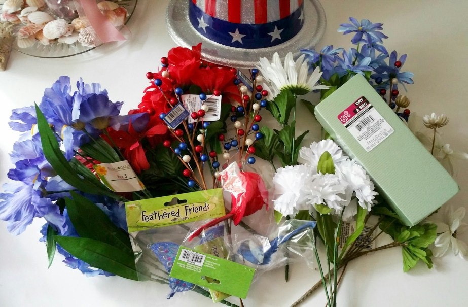 Embrace-the-Soldier-Memorial-Day-Holiday-Bouquet-Nineteen-LiWBF