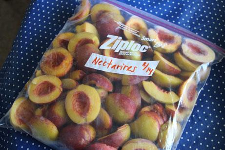 5 Fruit Freezing Steps - step 5