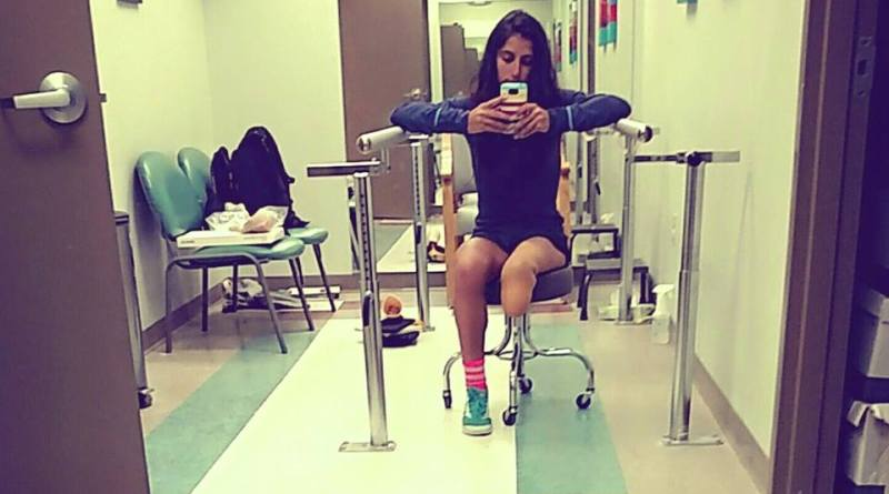 fake leg, amputee, artificial limb, leg, doctor's office, prosthetics, amputeelife, question of the day