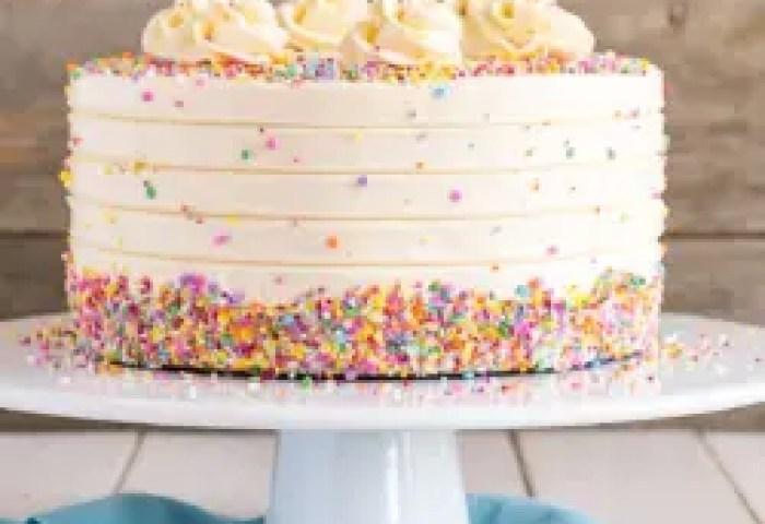 Vanilla Cake With Vanilla Buttercream Liv For Cake