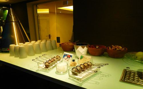 Tea and snacks in the spa of hotel Sackmann