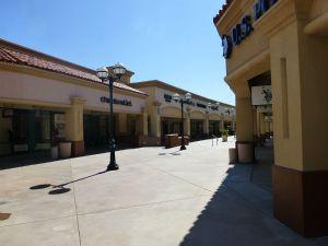 Deserted Desert Hill Premium Outlet
