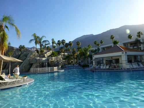 The pool at Palm Canyon Resort in Palm Springs